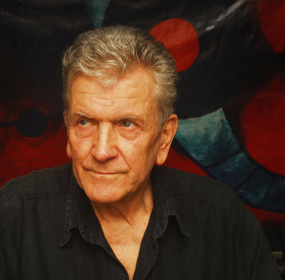 Hans-Jörg Hamann, enteickelte die ökologische Jeans-Veredelung und ist ein zeitgenössischer Künstler.