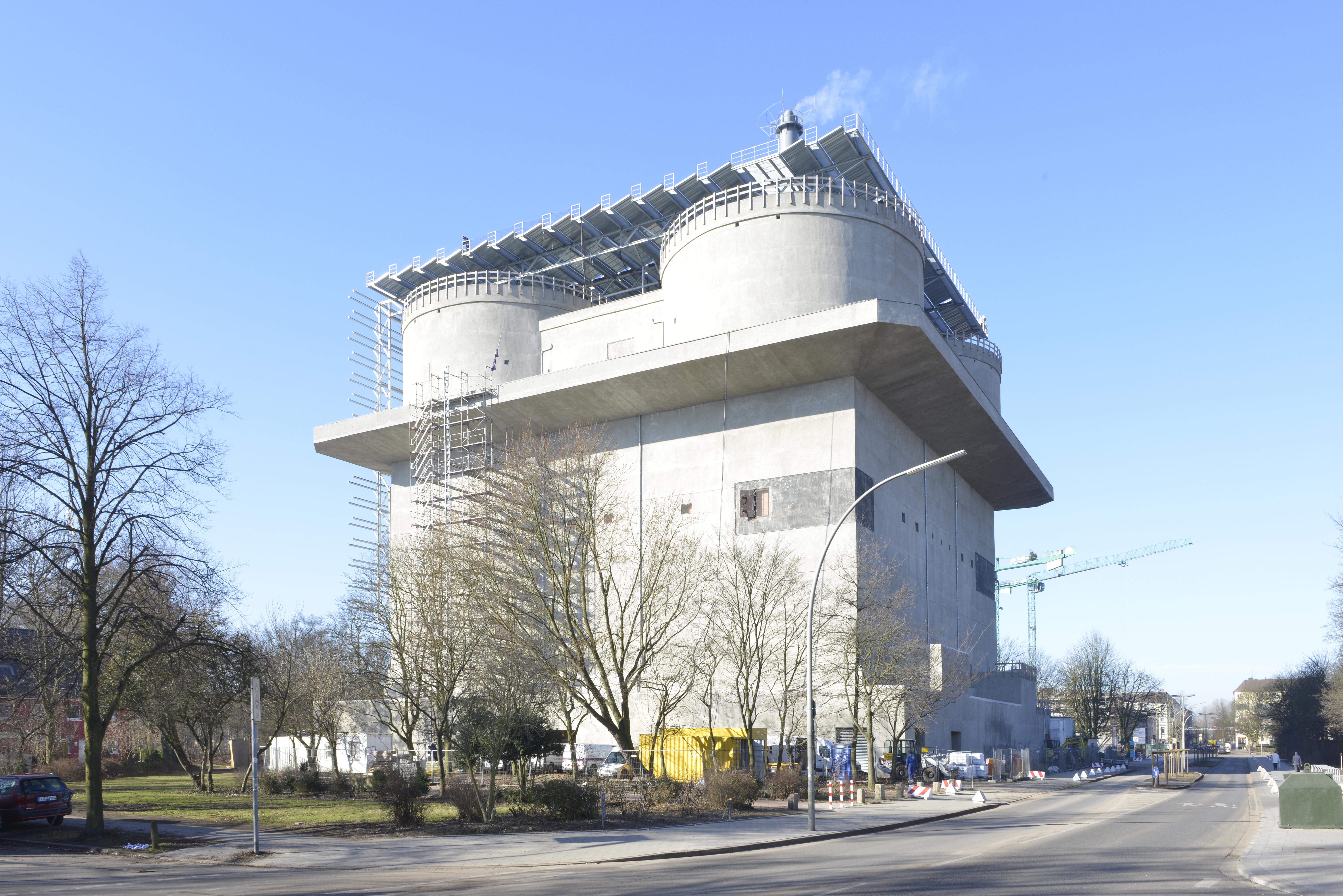Energiebunker Hamburg-Wilhelmsburg im März 2013