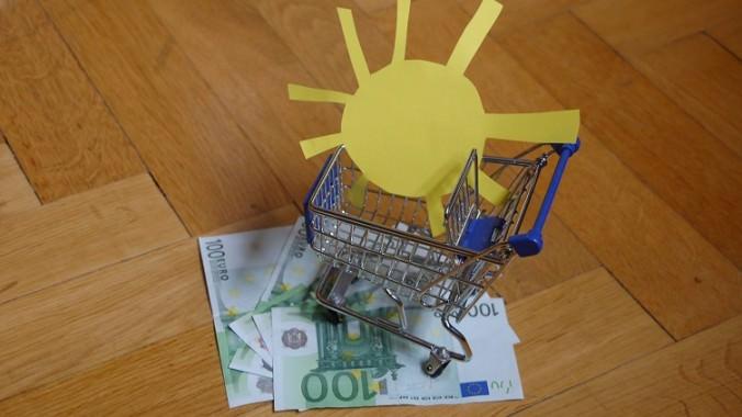 Wer eine Solarthermie-Anlage kaufen will, sollte sich fit machen fürs Beratungsgespräch.