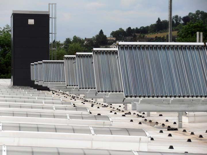 Fernwärme soalre Großanlagen mit Röhrenkollektoren