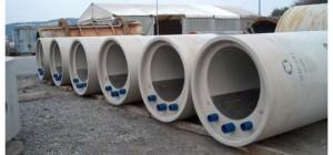 Kanalrohre aus Beton mit integriertem Wärmetauscher (blaue Rohre in der Rohrwandung), Fa. Rabtherm AG