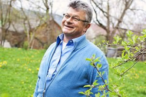 Siegfried Müller heizt sein Haus mit Wärme aus dem Abwasserkanal