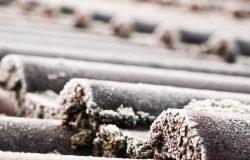 Solarthermie im Winter: ein Vergleich Wasser Glykol