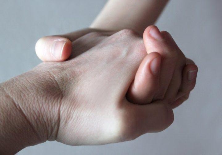 Handschlag mit dem Handwerker