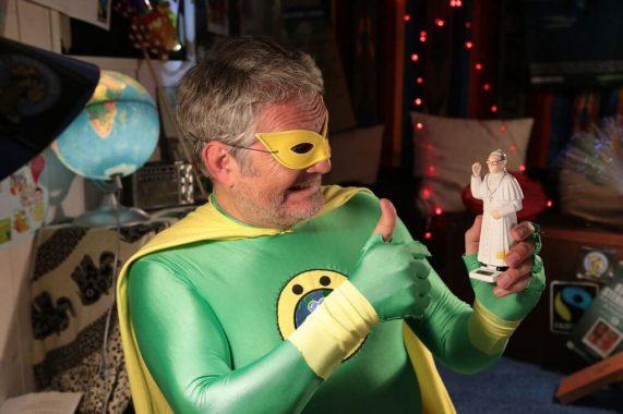 Österreichs Superheld Nr. 1 - der Örthmann - ist in Klimafragen offensichtlich mit dem Papst einverstanden. Foto: