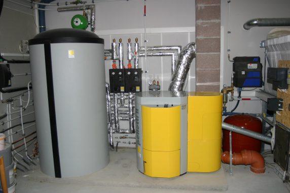 Und hier noch die Komponenten zur Solarthermie-Anlage auf dem Firmensitz Moscheik (unter Dach und Fach sozusagen). Foto: A. Moscheik