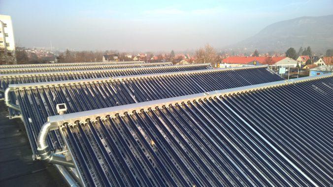 Die Solarthermie-Kollektoren von Ritter XL Solar brauchen trotz eisiger Kälte keine extra Frostschutzmittel. Foto: Ritter XL Solar
