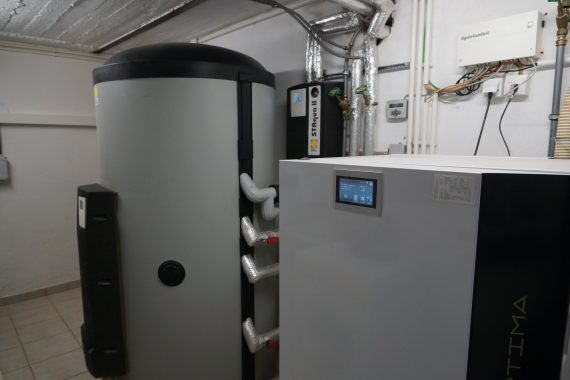 Die Inhouse-Komponenten der Solarthermie-Anlage unseres HdMs. Foto: Martin Weber