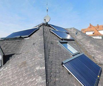 Stadtvilla mit Solarwärme-Anlage in Freiburg
