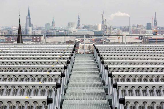 Kollektorfeld der thermsichen Solaranlage