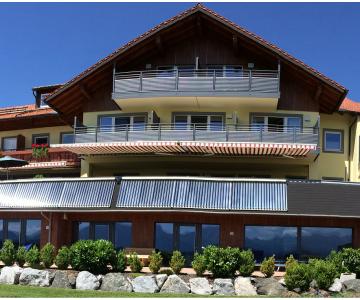 Solarthermie-Anlage Land- und Wellnesshotel Panorama Allgäu, Handwerker des Monats 12_2017 Siegfried Müller Seeg