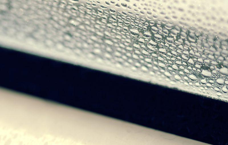 Tauwasser am Fenster richtig lüften tipps