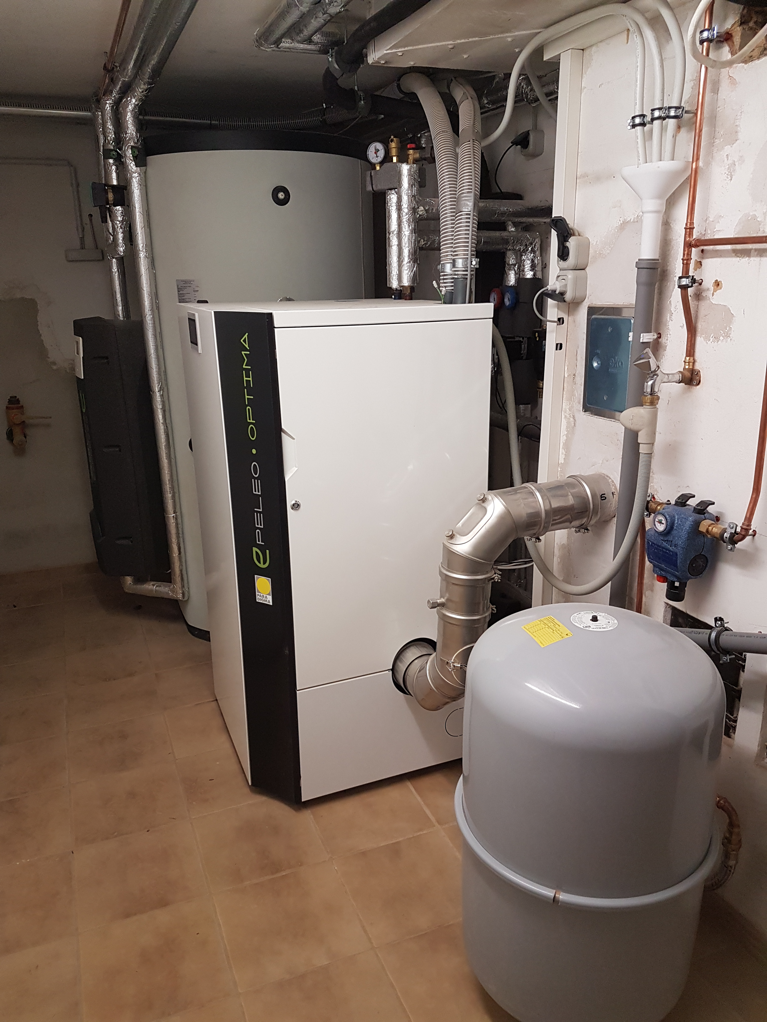 2. Projekt des Monats März 2018 Solarthermie Kassel Mehrfamilienhaus JungSolar
