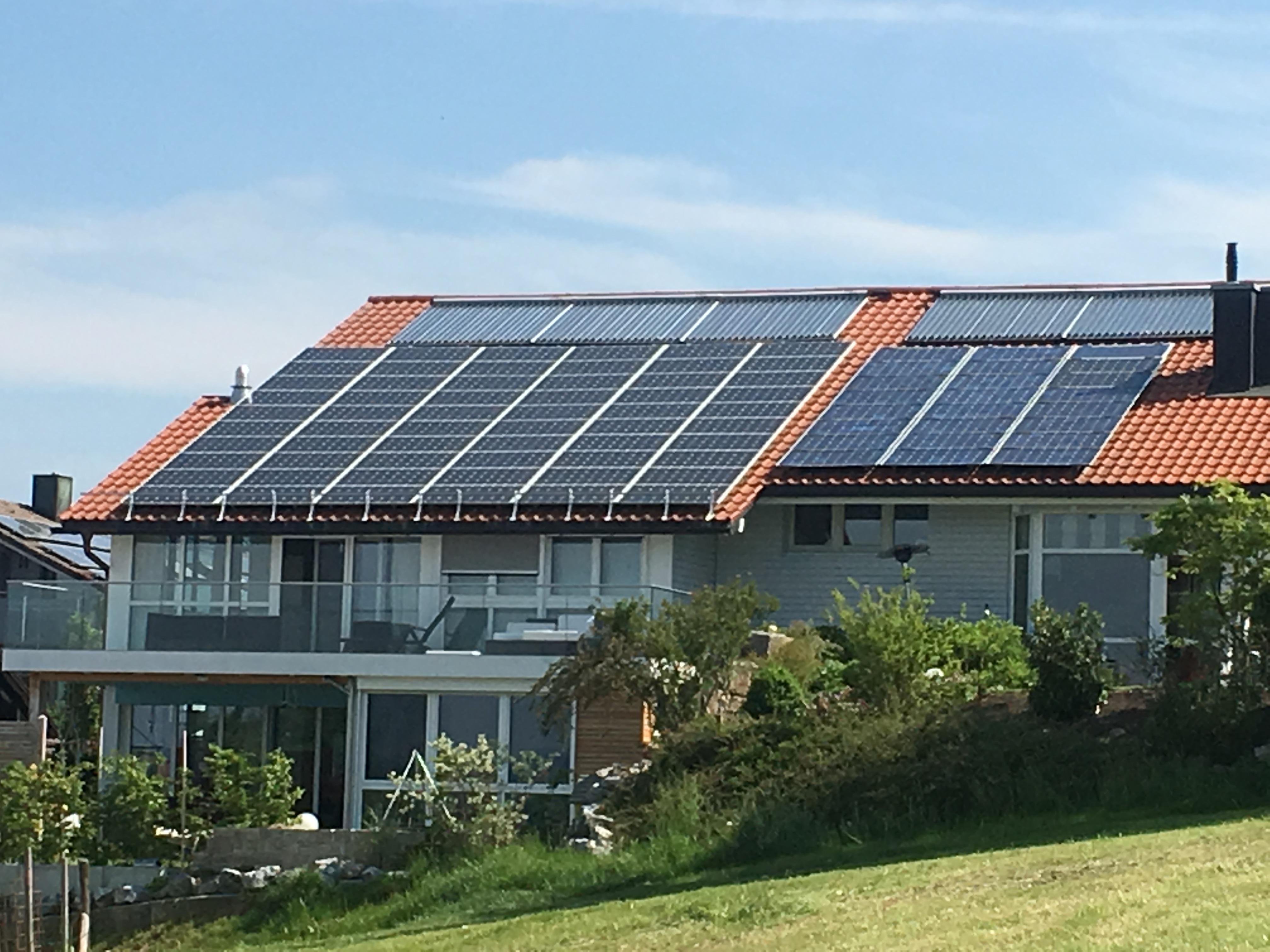 Solarteurshaus mit Solardach Handwerker des Monats Juni 2018 Guido Butscher GmbH