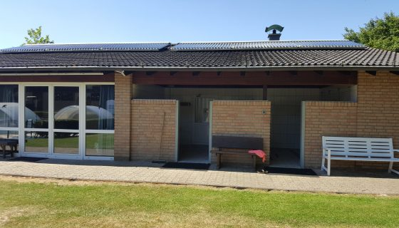 Campingplatz Sanitägebäude Solarthermie Projekt des Monats 1 HdM Neuen