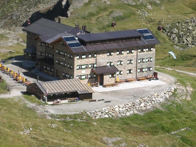 Dresdner Hütte Stubaital Tirol Handwerker des Monats Oktober 2018 Ruh Haustechnik GmbH