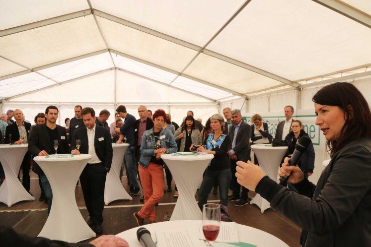 Anja Siegesmund fordert Umdenken in Richtung Wärmewende Solarthermie Großanlage Erfurt Ritter XL Solar