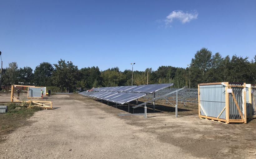 Solarthermie-Großanlage_Potsdam_Ritter_XL_Solar_die_ersten_Kollektoren