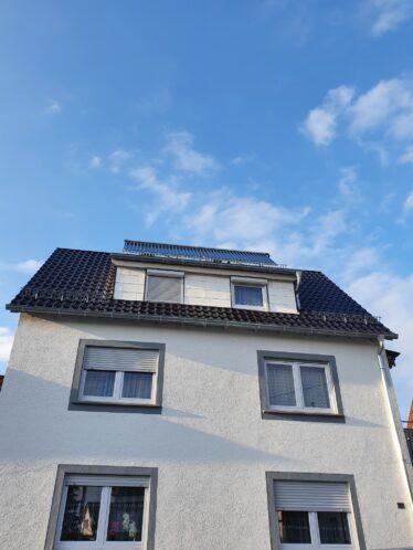 Solarthermie-Anlage des Monats April 2021 Asllan alte Ölheizung Happy End Pellets plus Solar