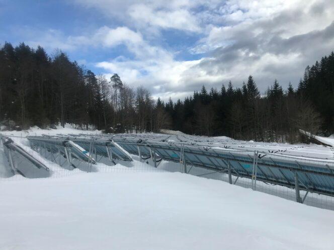 Solarthermie-Freiflächenanlage von Ritter XL Solar in Schluchsee ist fertig