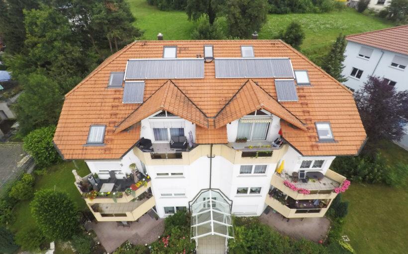 Projekt des Monats Zehnfamilienhaus Gas plus Solar